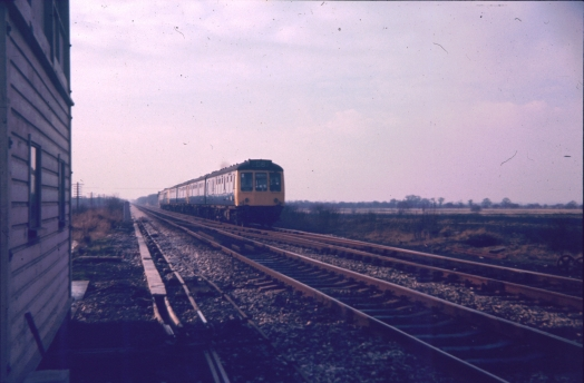 Diesel multiple unit at Astley